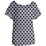 Black and white Triangles pattern, geometric Women s Oversized Tee