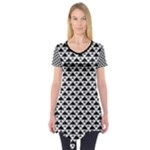 Black and white Triangles pattern, geometric Short Sleeve Tunic