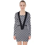 Black and white Triangles pattern, geometric V-neck Bodycon Long Sleeve Dress