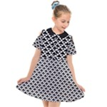 Black and white Triangles pattern, geometric Kids  Short Sleeve Shirt Dress