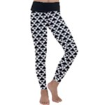 Black and white Triangles pattern, geometric Kids  Lightweight Velour Classic Yoga Leggings