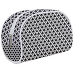 Black and white Triangles pattern, geometric Makeup Case (Medium)