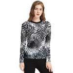 Tropical leafs pattern, black and white jungle theme Women s Long Sleeve Rash Guard
