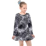 Tropical leafs pattern, black and white jungle theme Kids  Long Sleeve Dress
