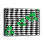 Houndstooth Leaf Deluxe Canvas 16  x 12  (Stretched)