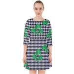 Houndstooth Leaf Smock Dress