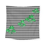 Houndstooth Leaf Square Tapestry (Small)