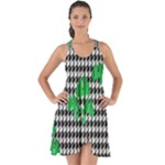 Houndstooth Leaf Show Some Back Chiffon Dress