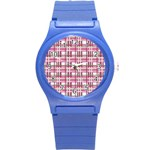 Pink plaid pattern Round Plastic Sport Watch (S)