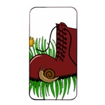 Boot in the grass Apple iPhone 4/4s Seamless Case (Black)