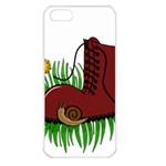 Boot in the grass Apple iPhone 5 Seamless Case (White)