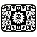 Gothic Punk Skull Netbook Case (Large)