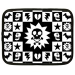 Gothic Punk Skull Netbook Case (XL)