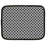 Black and white Triangles pattern, geometric Netbook Case (XL)