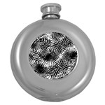 Tropical leafs pattern, black and white jungle theme Round Hip Flask (5 oz)