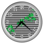 Houndstooth Leaf Wall Clock (Silver)