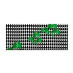 Houndstooth Leaf Hand Towel