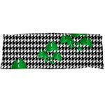 Houndstooth Leaf Body Pillow Case (Dakimakura)