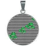 Houndstooth Leaf 30mm Round Necklace