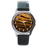 Tiger Print Dark	 Round Metal Watch